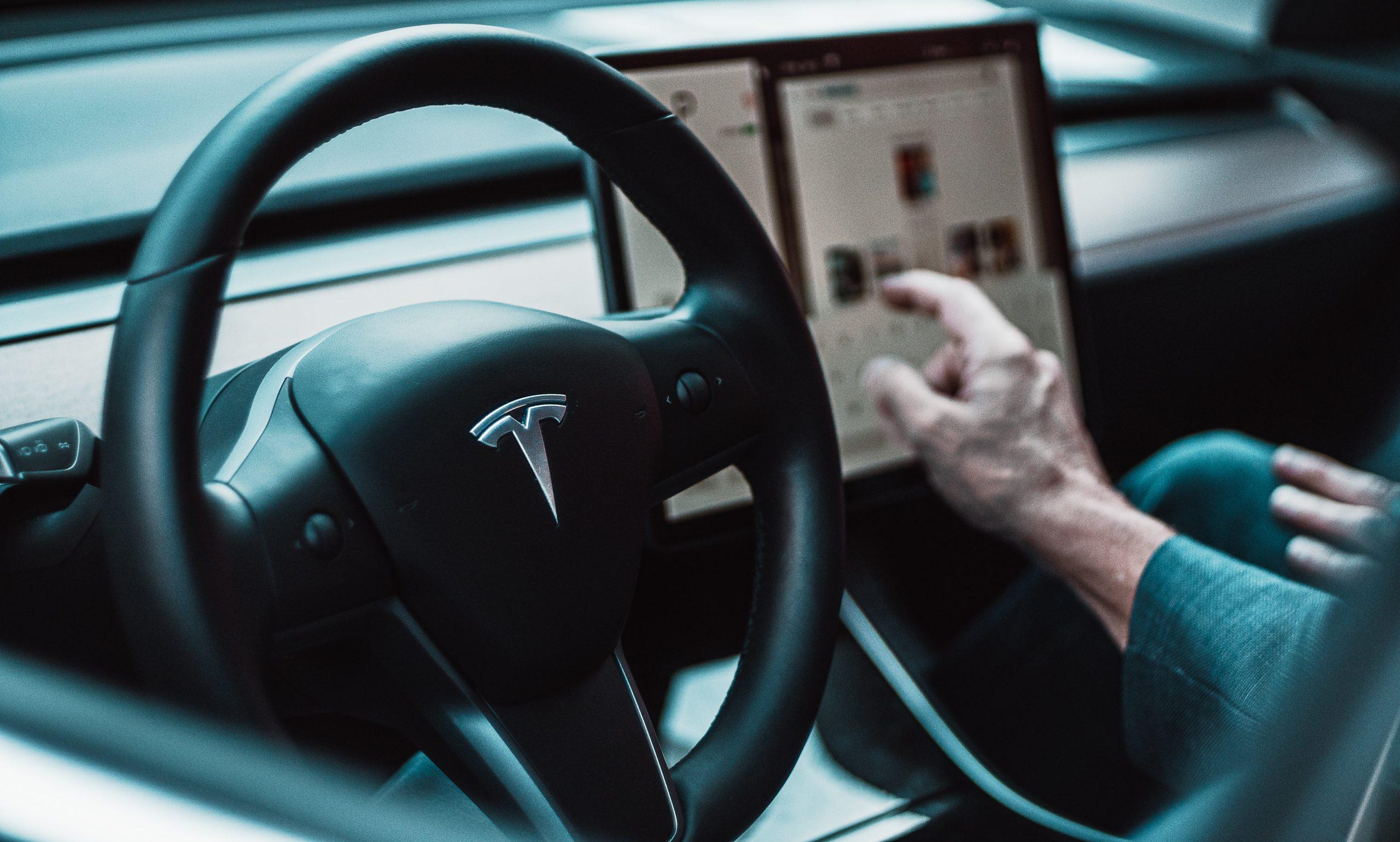 Advantages and Disadvantages of Autonomous Cars