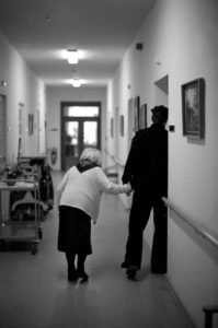 choosing the right nursing home